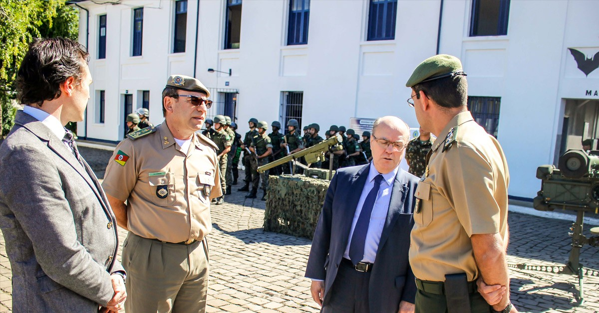 Vinicius Ribeiro participa de reuniões com o Secretário de Segurança em Caxias